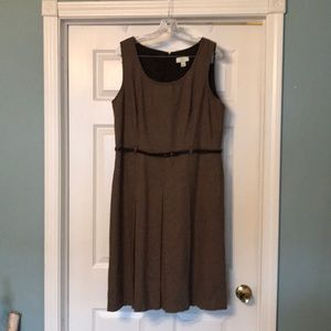 LOFT brown tweed houndstooth pleated dress size 14
